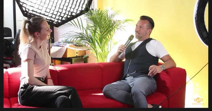 A Fonogram-díjas Temesi Berci a Középsuli TV műsorában vendégeskedett