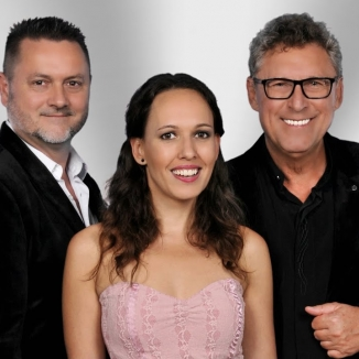 Rendhagyó apa-lánya duettet készített a Dupla KáVé és Köteles Cindy